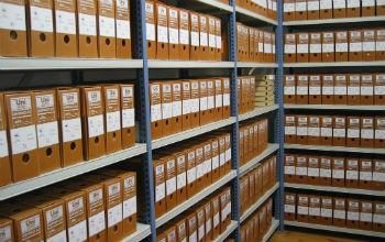 Сдача документов в муниципальный архив на постоянное хранение